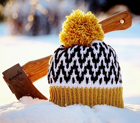 https://www.ravelry.com/patterns/library/up-early---up-north-hat